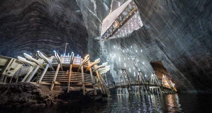 Salina Turda: Pentru o experiență inedită, te invităm în mina Terezia 💎