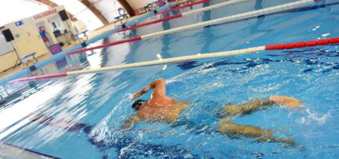 ℹ️Bazinul de înot Turda: Iată câteva motive solide pentru care să începi cursurile de înot