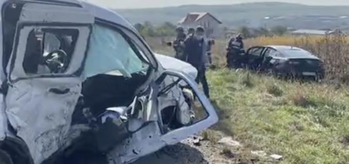Foto: Accident rutier grav în Copăceni