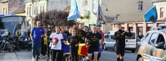 Foto/VIDEO: Ștafeta Veteranilor Invictus a trecut astăzi prin municipiul Turda